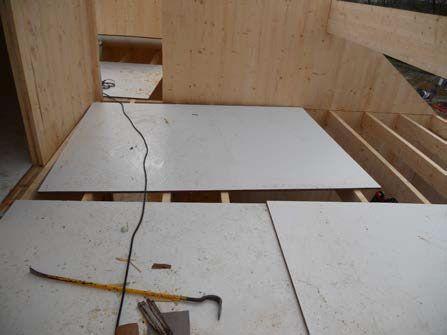 Processus constructif Montage des panneaux de bois lamellé contrecollé croisé - 4